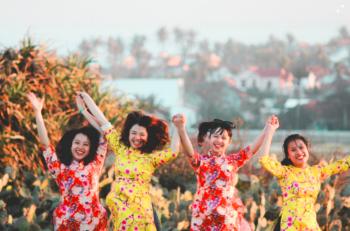 Bãi Xép - Phim trường hoa vàng, Vietnam